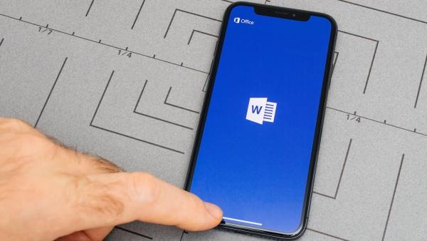 Nguyên nhân không mở được file Word trên smartphone